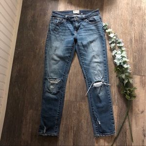 BKE | Stella Straight Distressed Jeans